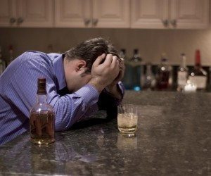 Alcoholics Experience Withdrawal Symptoms Once Drinking Stops