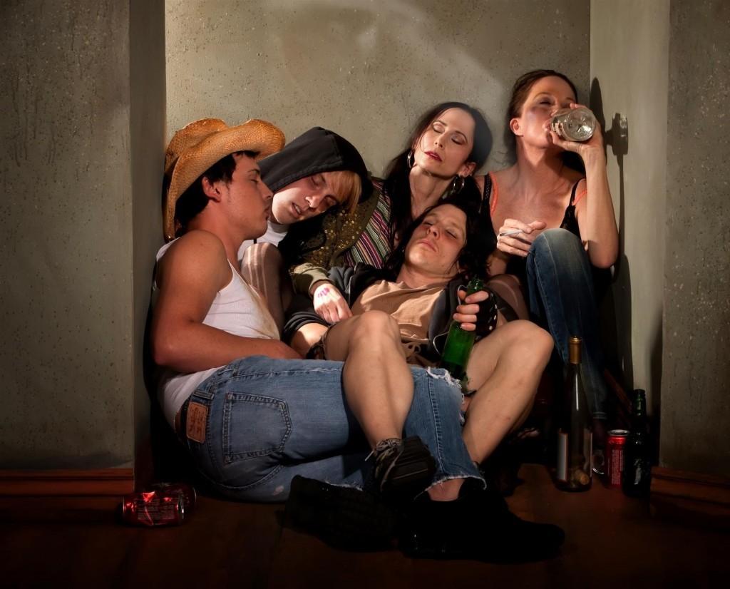 drunk kids partying