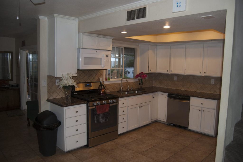 Beautiful Apartment Kitchen